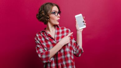 Everything-you-need-to-know-about-mobile-phone-signal-boosters